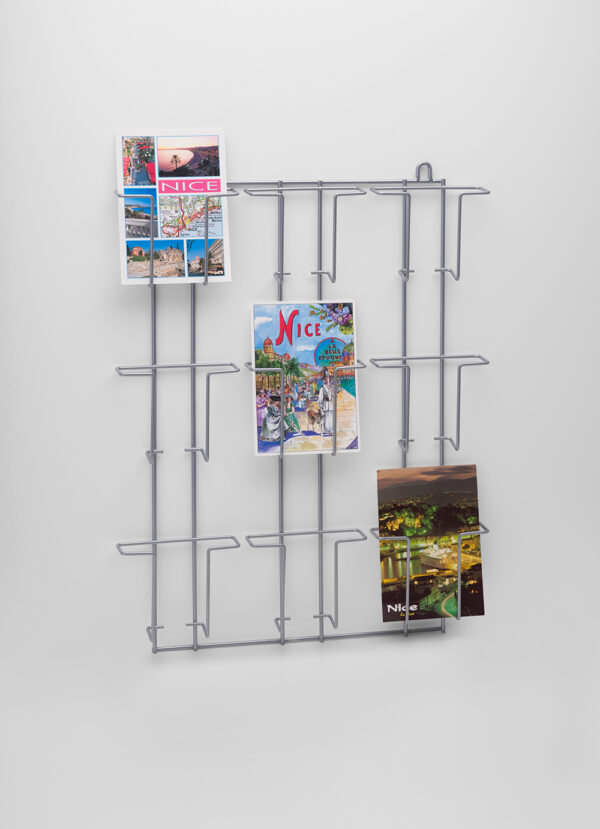 PC9V-Buyck Displays-wandrek voor ansicht-/postkaarten met 9 verticale vakken