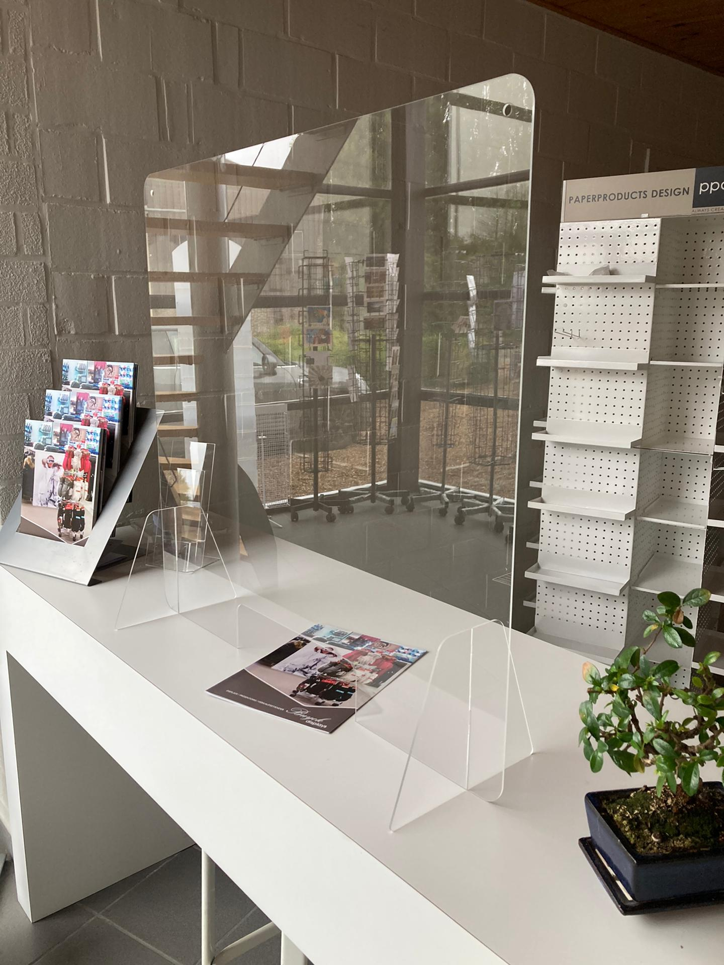 schutzwand aus Acrylglas-Buyck Displays-pcs12075